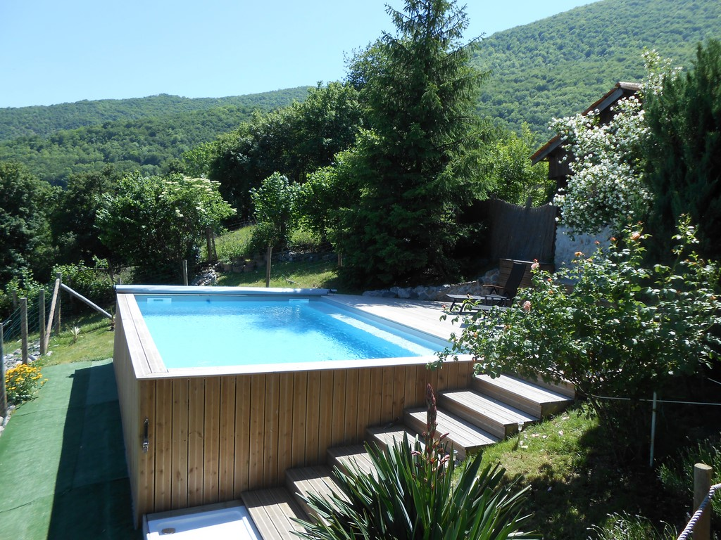 Espace piscine commun aux deux g tes - Gite pyrenees orientales avec piscine ...